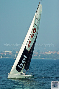ITA-03 si avvicina in prima posizione dopo il primo giro