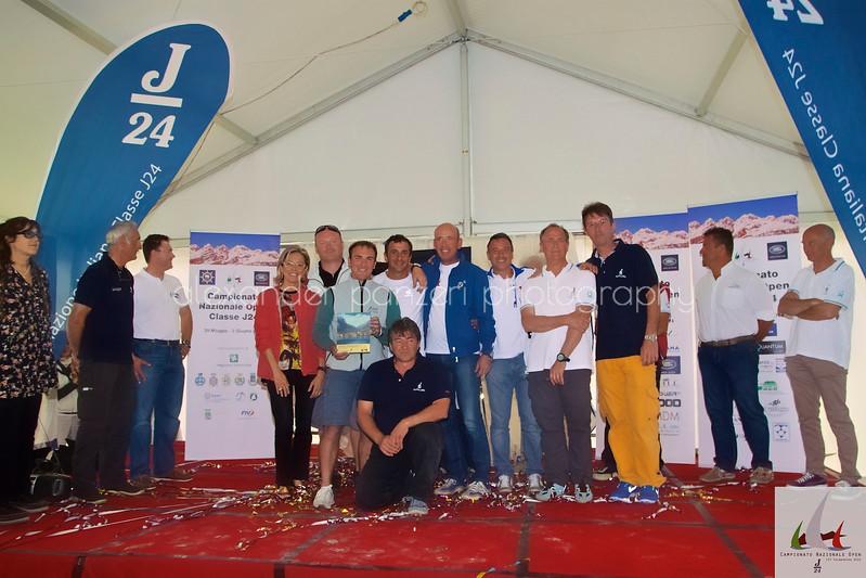 Team di Mollicona premiato per la seconda posizione Assoluta