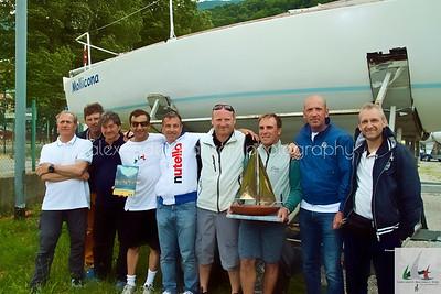 Team di Mollicona Campione d'Italia J14 2014 e lo scafo dell'armatore Mercuri