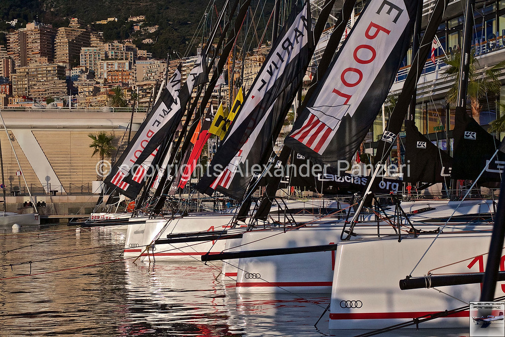 Bows of L30 class copyright © photo Alexander Panzeri