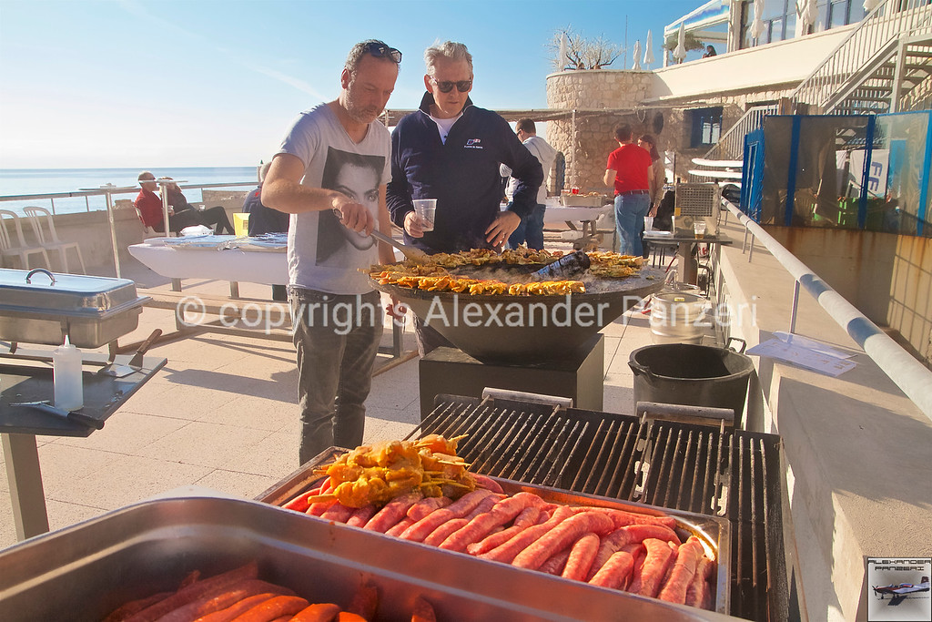 BBQ after race copyright © photo Alexander Panzeri