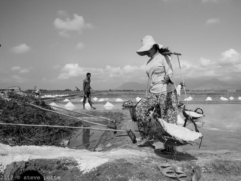 Salt Harvest_Kampot_Cambodia_08_March_2017_0706-Edit