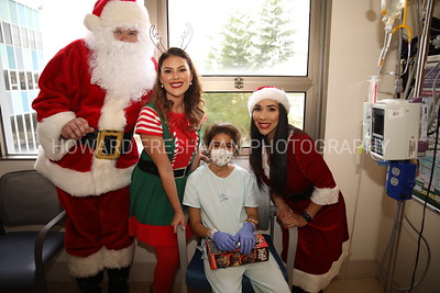 Santa visits patients