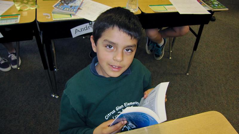 Rotary Club of Ventura handing out Dictionaries to Ventura third graders