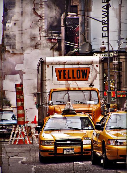 Yellow cabs, Manhattan<br /> New York<br />  © Laura Razzano