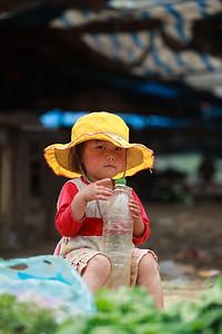 Little Hmong girl
