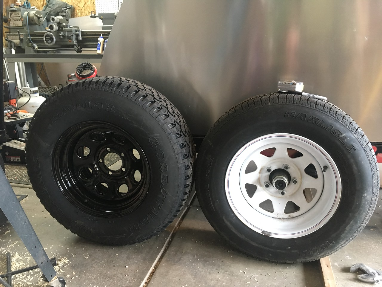 The trailer tires just look wimpy and cheap in comparison