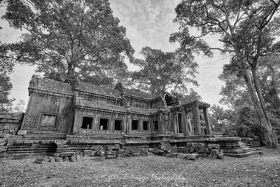 Angkor Wat Ta Kou (East Gate)