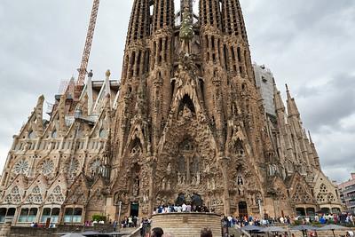 2015 Barcelona - La Sagrada Familia - View From Across the Street