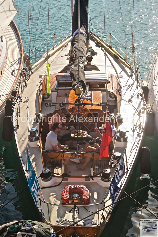 Crew Meeting copyright © photo Alexander Panzeri
