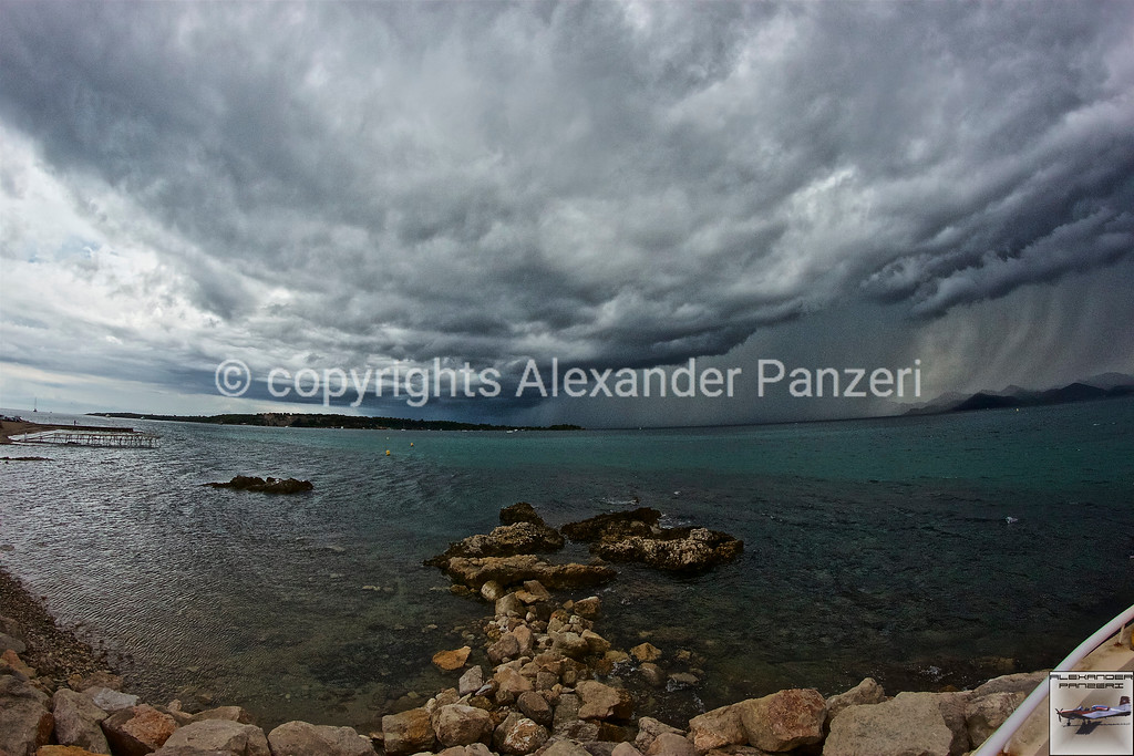 The storm on the bay - copyright © photo Alexander Panzeri