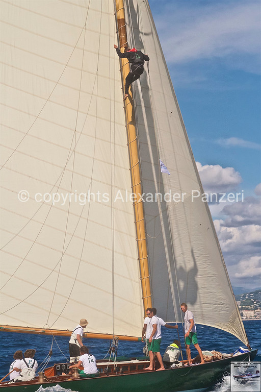 Olympian P-14team solve problems on top of the mast - copyright © photo Alexander Panzeri