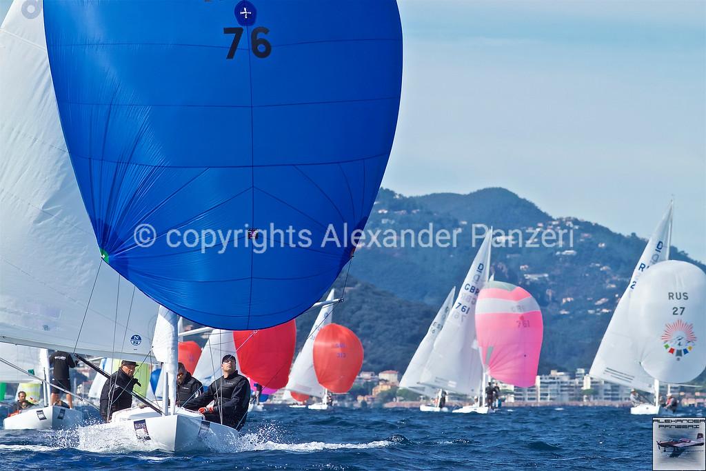 First downwind leg copyright © photo Alexander Panzeri