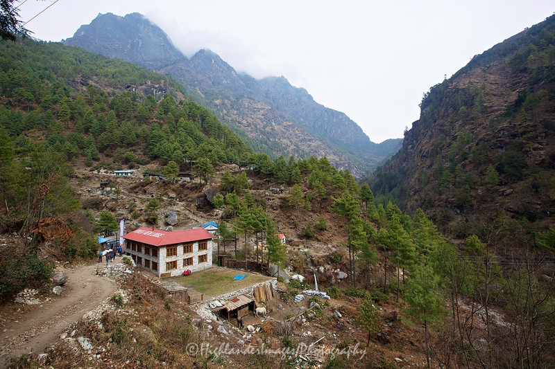 River View Lodge between Phakding and Monjo.