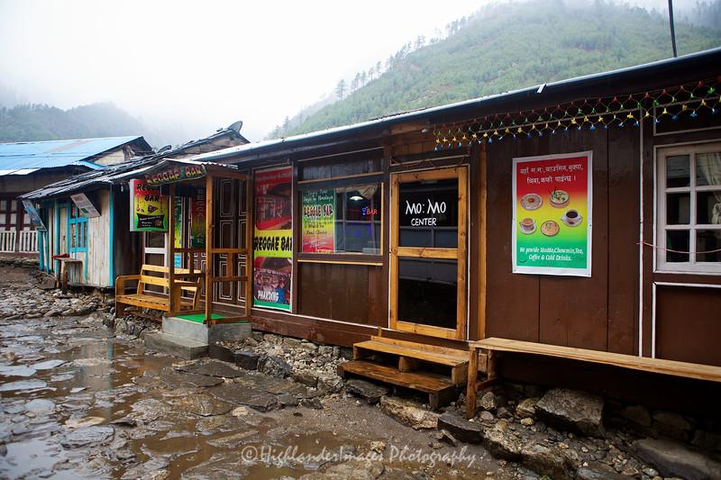 The Reggae Bar, Phakding.