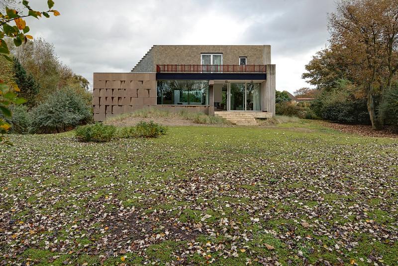 Villa Hoek van Holland. Architect: Rogier van den Berg.