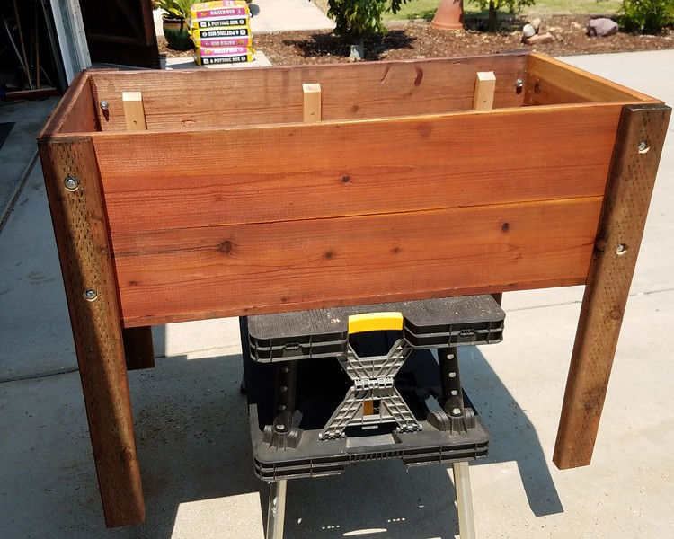 Redwood Planter box - Finished product