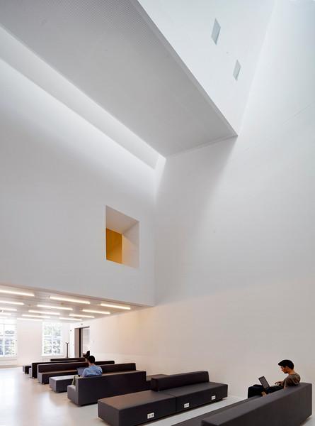 Bibliotheek der letteren Utrecht. Drift 27. Architect: Grosfeld van der Velden Architecten, Breda.