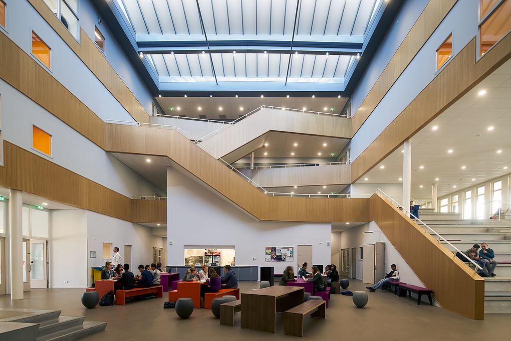 IJsselcollege. RoosRos architecten.