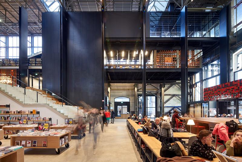 LocHal. Spoorzone Tilburg. Braaksma & Roos architecten. CIVIC architecten. Inside Outside, Petra Blaisse. Mecanoo