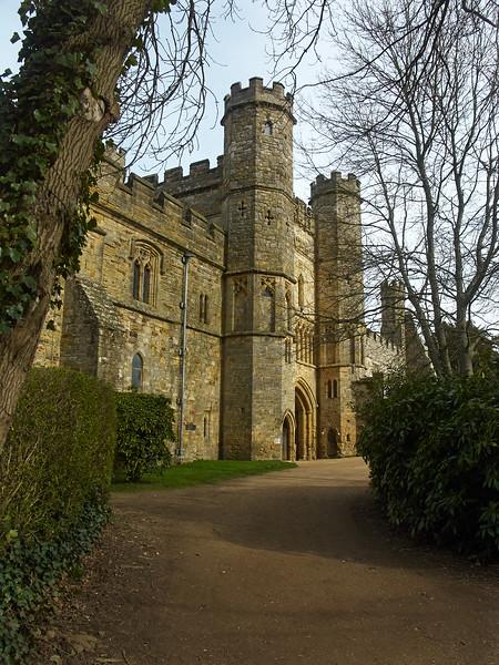 Gatehouse inside grounds
