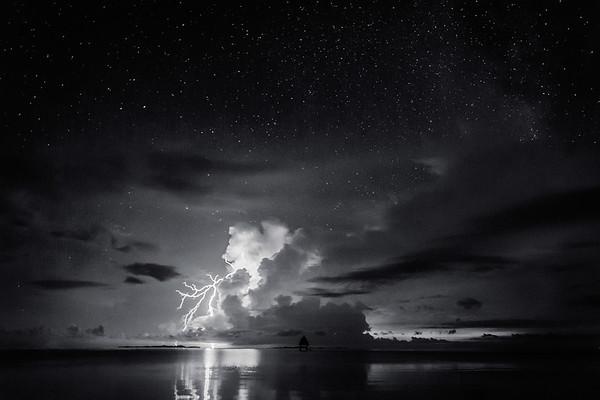 Lightning Black & White 1