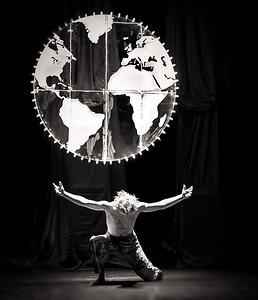 Atlas , globe design by Pim Schachtschabel