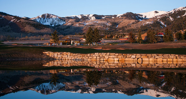 #70 Canyons reflections