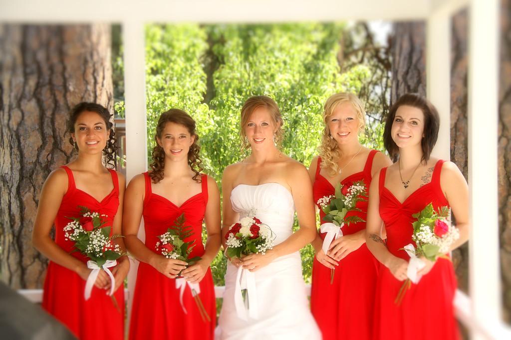 Beca, Angie, Rheanna, Lisa,and Emily