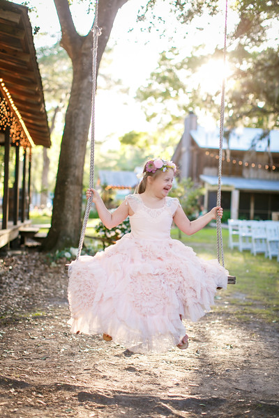 CAP2017-MadisonKyle-WEDDING-Giselle-TuckersFarmhouse-1024
