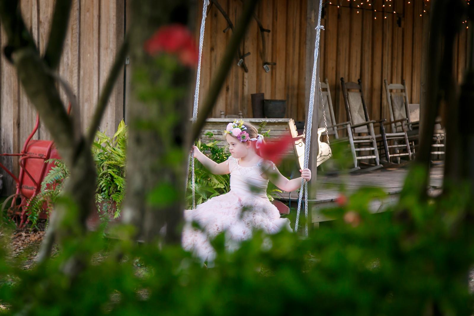 CAP2017-MadisonKyle-WEDDING-Giselle-TuckersFarmhouse-1001