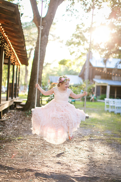 CAP2017-MadisonKyle-WEDDING-Giselle-TuckersFarmhouse-1025