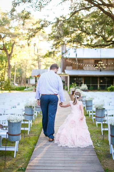 CAP2017-MadisonKyle-WEDDING-Giselle-TuckersFarmhouse-1049