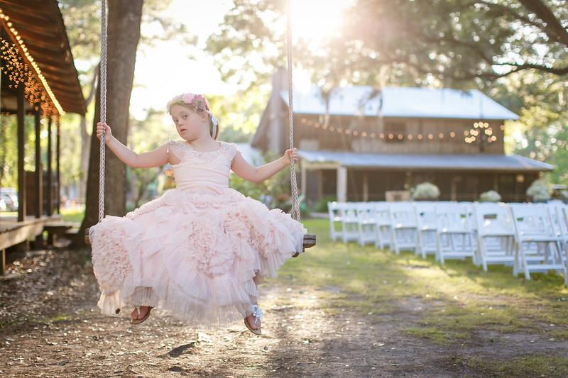 CAP2017-MadisonKyle-WEDDING-Giselle-TuckersFarmhouse-1008