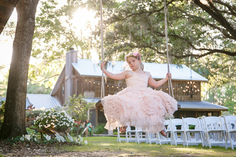 CAP2017-MadisonKyle-WEDDING-Giselle-TuckersFarmhouse-1017