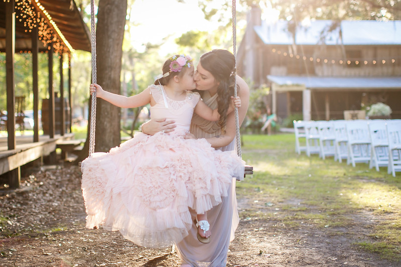 CAP2017-MadisonKyle-WEDDING-Giselle-TuckersFarmhouse-1030