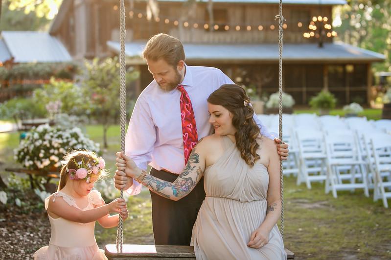 CAP2017-MadisonKyle-WEDDING-Giselle-TuckersFarmhouse-1044