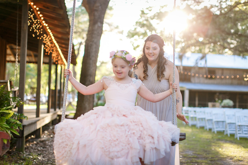 CAP2017-MadisonKyle-WEDDING-Giselle-TuckersFarmhouse-1026