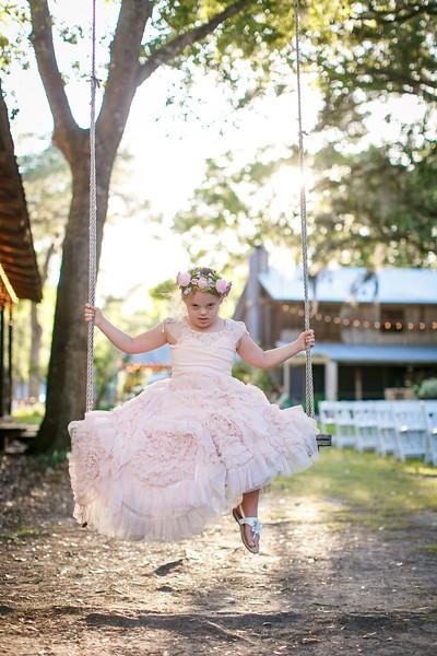 CAP2017-MadisonKyle-WEDDING-Giselle-TuckersFarmhouse-1005