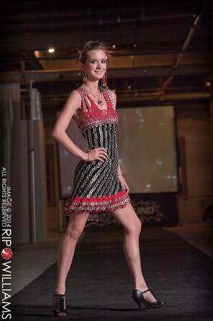 General_Fashion_2010-0317