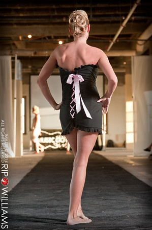 General_Fashion_2010-0120
