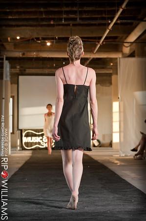 General_Fashion_2010-0125