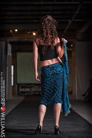 General_Fashion_2010-0216