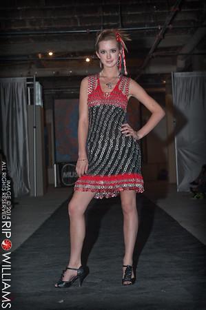 General_Fashion_2010-0270