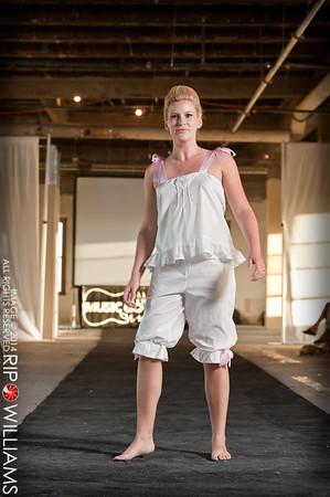 General_Fashion_2010-0115