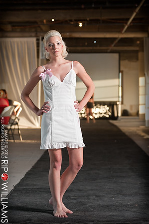 General_Fashion_2010-0109