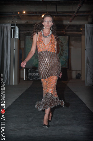 General_Fashion_2010-0266