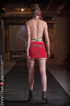 General_Fashion_2010-0311