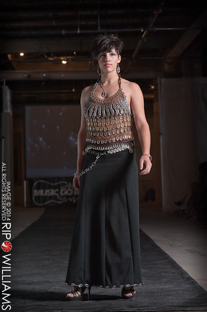 General_Fashion_2010-0307