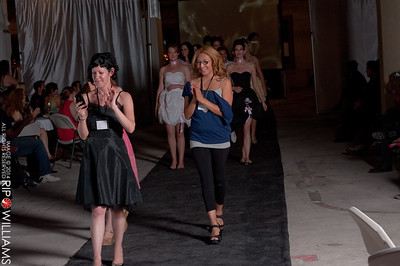 General_Fashion_2010-0325